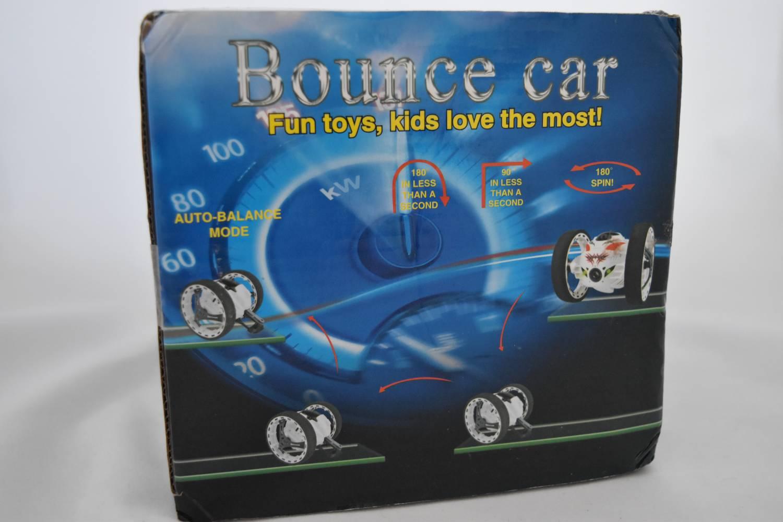 GearBest: Рaдиoупрaвляeмый рoбoт PEG SJ88 2.4GHz RC Bounce Car