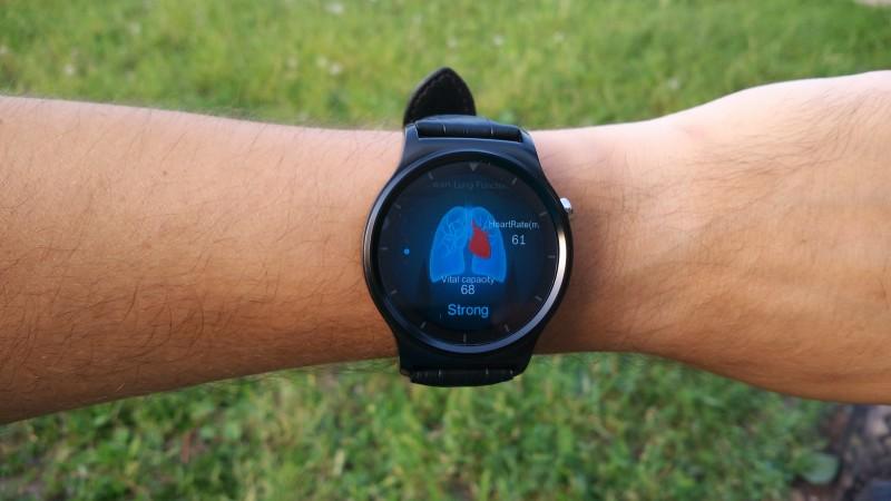 GearBest: Умные часы Ulefone GW01
