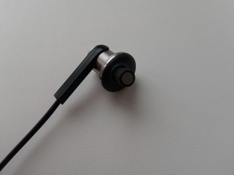 Aliexpress: Xiaomi Hybrid - очень странный звук