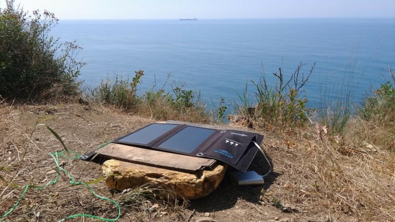 Banggood: Полевые испытания зарядки от солнца BlitzWolf BW-L1