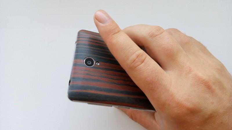 Banggood: HomTom HT5 - 5' бюджетный смартфон с хорошей батареей, поддержкой 4G LTE и 'деревянной' задней крышкой