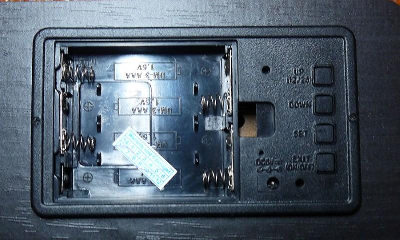 GearBest: Настольные led часы с календарем и термометром