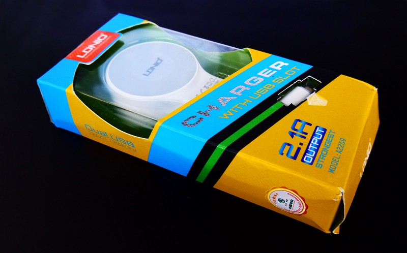 TVC-Mall: Зарядное устройство LDNIO A2269 на 2.1А + usb кабель
