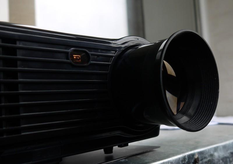 GearBest: Проектор POWERFUL SV-228 с разрешением 1280 × 768