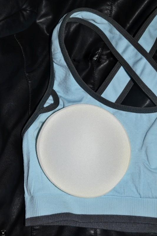 Aliexpress: Серый спортивный бюстгальтер и голубой спортивный топ