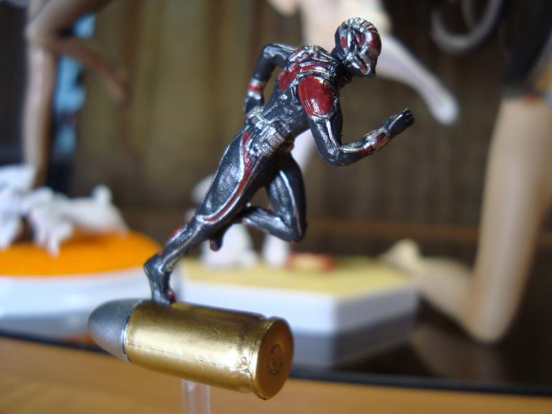Aliexpress: Фигурка Человек-муравей