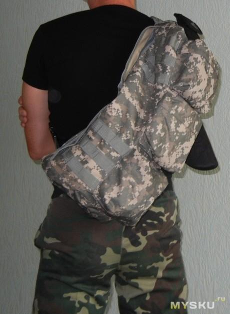 Рост 177, рюкзак чуть-чуть достает до задницы