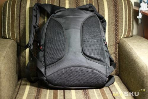 Рюкзак, вид сзади