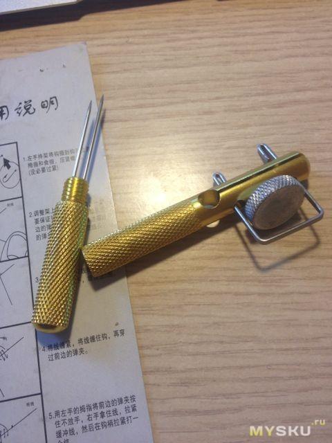 приспособление для вязания крючков