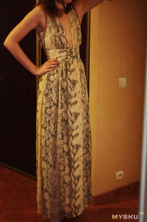 платье, вид спереди