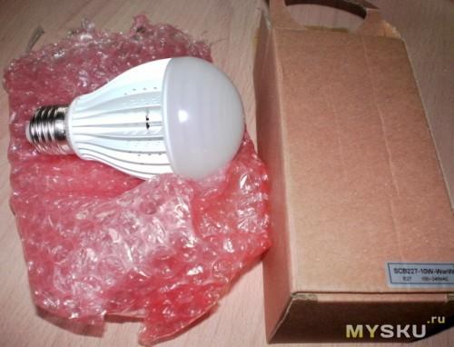 лампа с упаковкой