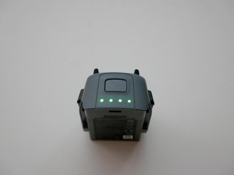 Зарядка на четыре батарей спарк видео обзор защита от падения для квадрокоптера mavic air