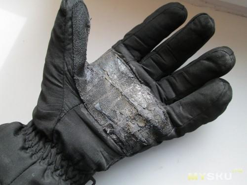 Перчатки откатали позапрошлый осенне-зимний сезон