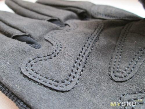 Близкие ракурсы - материал ладони