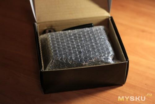 внутри коробки упакована была так