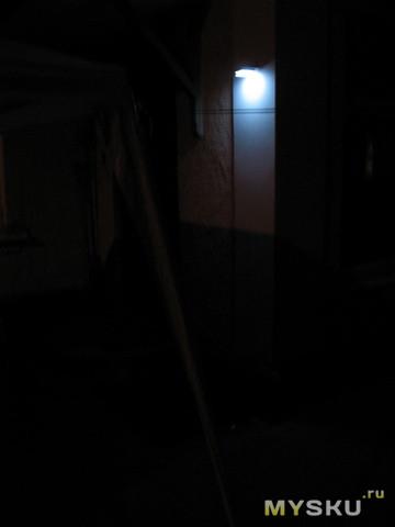 подсветим тёмные углы-2, или светодиодный светильник с датчиком движения и солнечными батареями