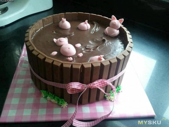 села на торт попой видео
