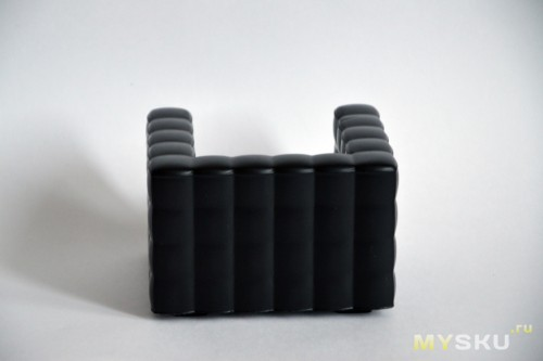 Siri's Couch SC-02-SB PU Cell Phone Holder for iPhone 4 / 4S / 5 - Black