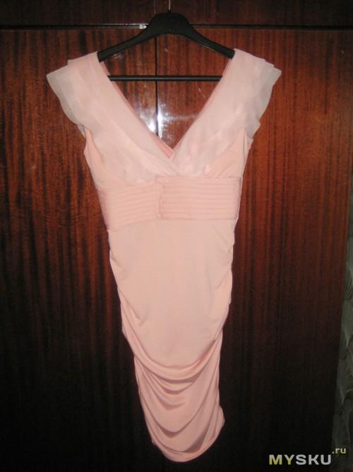 Вот так платье выглядит на тремпеле