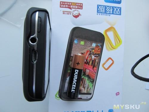 Телефон с бампером 3