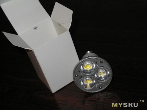 лампочка и упаковка