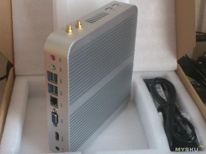 Мини компьютер в упаковке