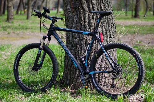 Фонарь на велосипеде
