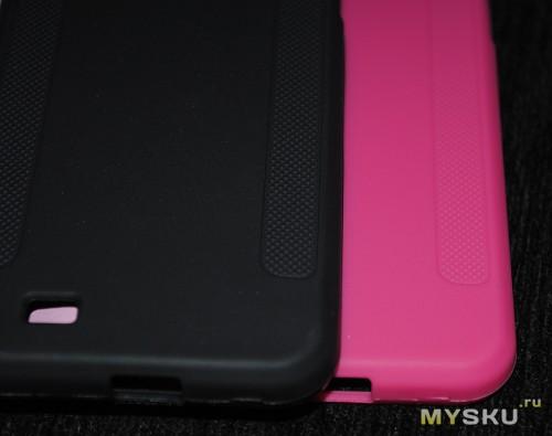 розовый и черный чехлы