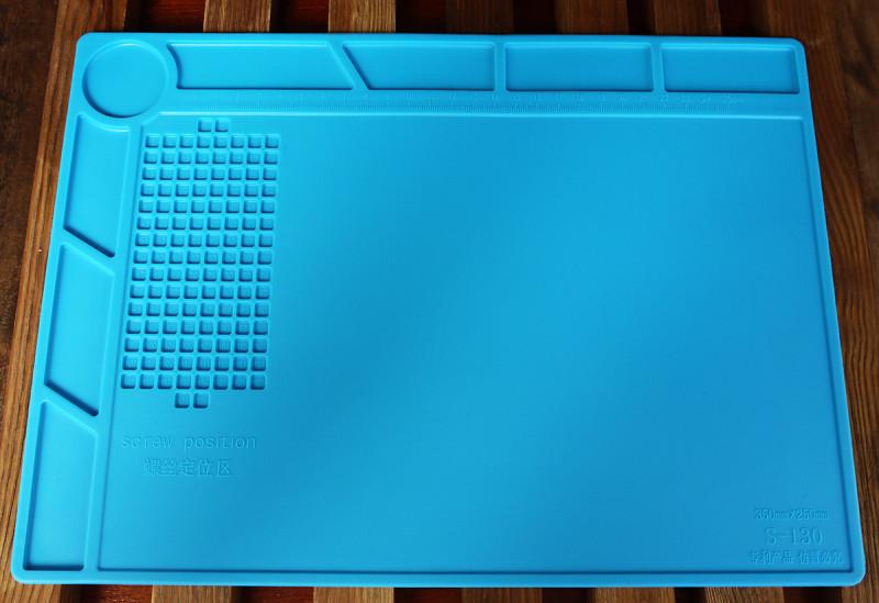 Силиконовый коврик для пайки  DANIU 350x250 мм