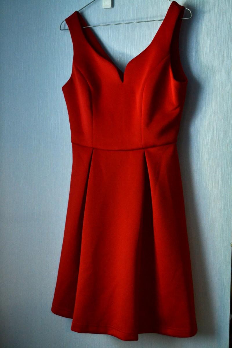 Платье велико по вытачкам