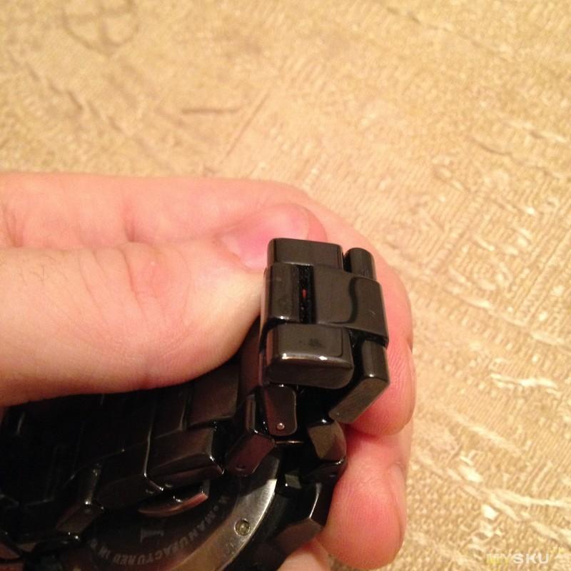 как снять звено керамического браслета для часов