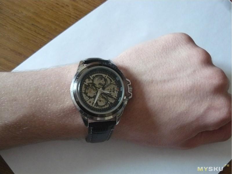 CASIO G-Shock G-9200-1D - купить часы в