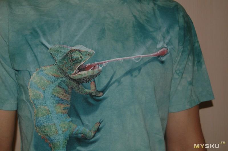 28eebc807591d ... а потому плавно перейду к обзору футболки, пополнившей гардероб супруга  яркими и сочными красками — THE MOUNTAIN с языкатым хамелеоном=)
