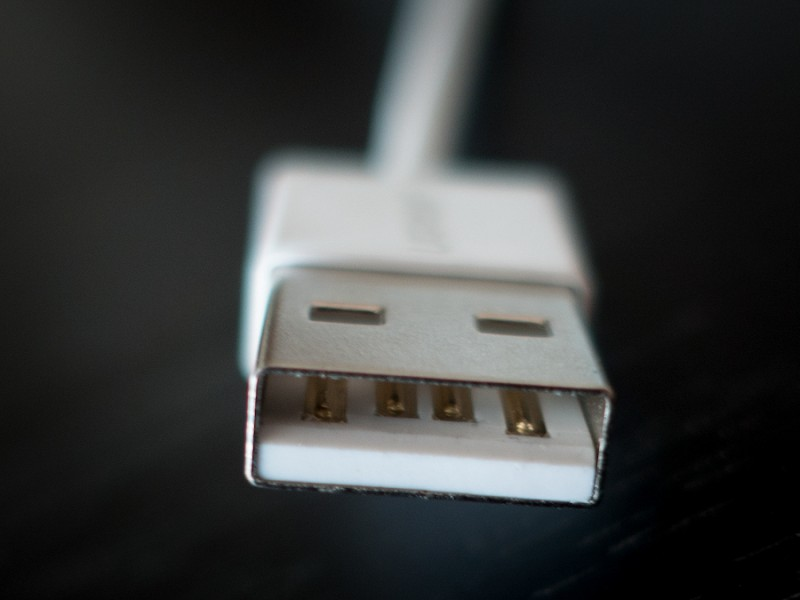 Кабелями как подключить мышку со путанными