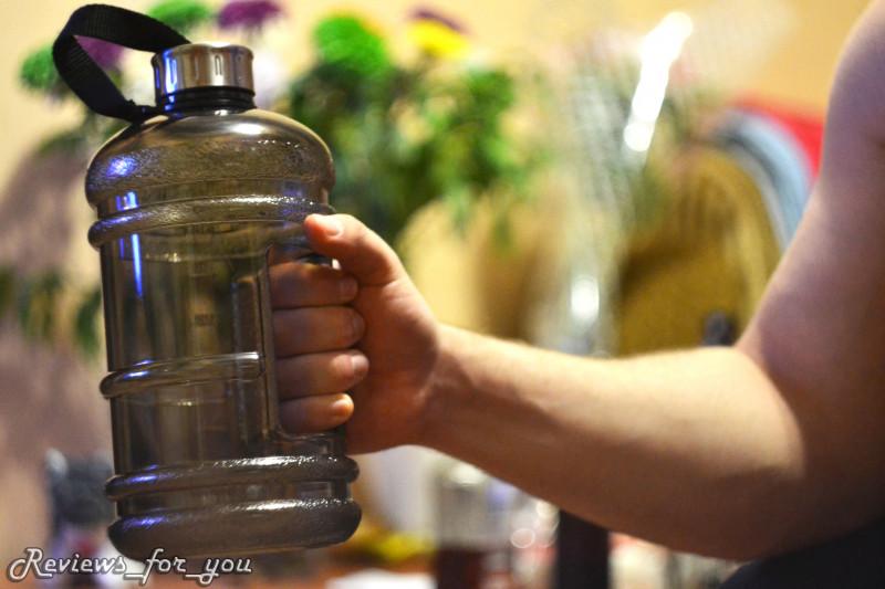 Фото две бутылки в жопе, красивые попки фото азиаток
